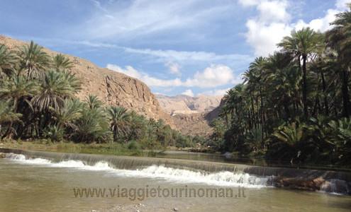 """Viaggio in Oman """"Tour Muscat e Nord Oman"""" Tour di Gruppo in Italiano a Partenza Garantita. Tour in Oman 6  giorni Muscat, deserto Wahiba Sands e campo tendato eco-friendly lodge, Nizwa, estensione vacanza mare. Tour in Oman anno 2020"""
