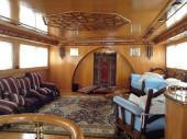 Foto yacht per crociera in Oman, il salone interno.