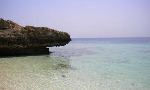 Estate in Oman con Vacanza Mare e Isole Daymaniyat. Soggiorno mare con diving, vela, beauty farm. Vacanza mare in Oman anche su misura. Soggiorno mare e tour in Oman.