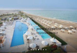 Soggiorno mare in Oman, con un bel mare caldo, centro diving, vacanze sub e snorkeling.