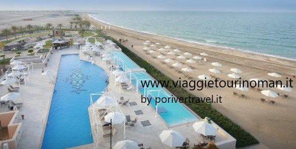 Vacanze mare in Oman vicino a Muscat partenze settimanali anno 2019 e 2020 offerta Pasqua 2020 – Mare Oman Natale e Capodanno 2019 e 2020. Soggiorno mare in Oman a Musannah presso l' hotel Millennium Resort, lungo le spiagge del Golfo dell'Oman.