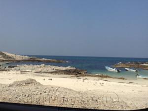 Pesca nelle Isole del Sud Oman, Oceano Indiano, famose per la pesca del G.T.. Foto dal lodge del porto dell' isola dei pescatori.
