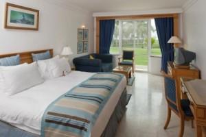 Tour e vacanze mare in Oman. Foto di una camera presso Hotel Crowne Plaza in Salalah, Dhofar.