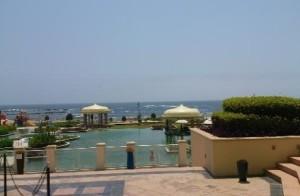 Soggiorno mare presso l' Hotel Marriott Salalah Oman, foto della piscina e del Mar Arabico